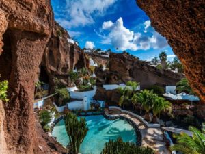 Warning - Be Sure to Read This Article Before Making Any Lanzarote Travel Plans!